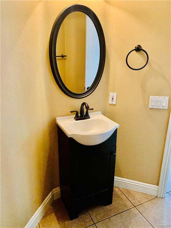 26512 Bryce Road Bathroom