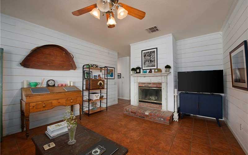 34405 Aspen Family Room 1