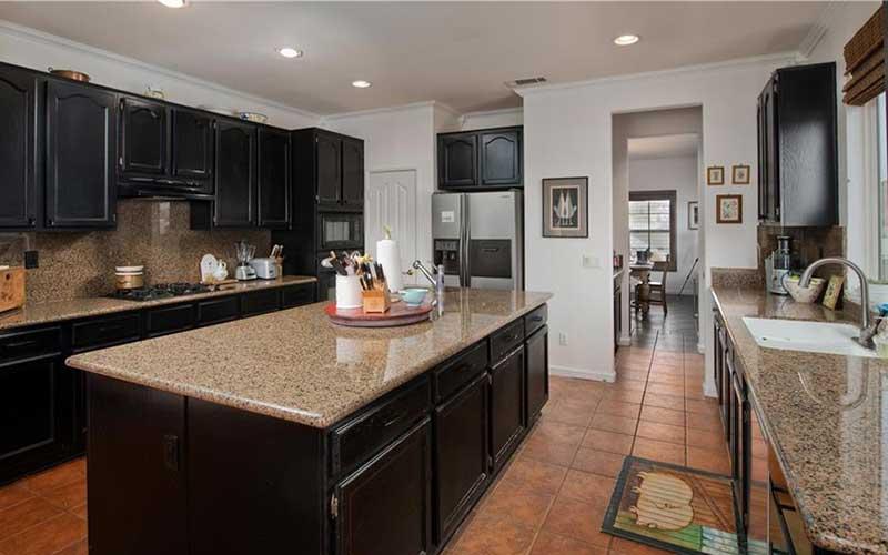 34405 Aspen Kitchen 4
