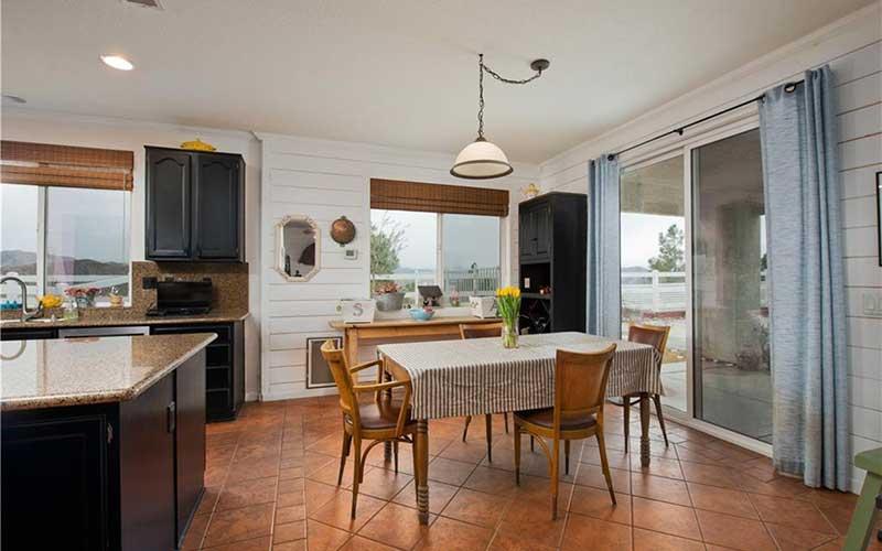 34405 Aspen Kitchen Table