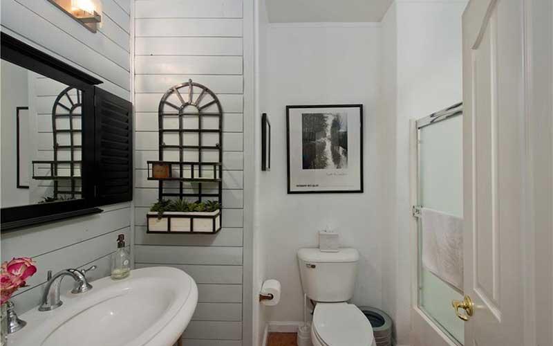 34405 Aspen Primary Bathroom 2