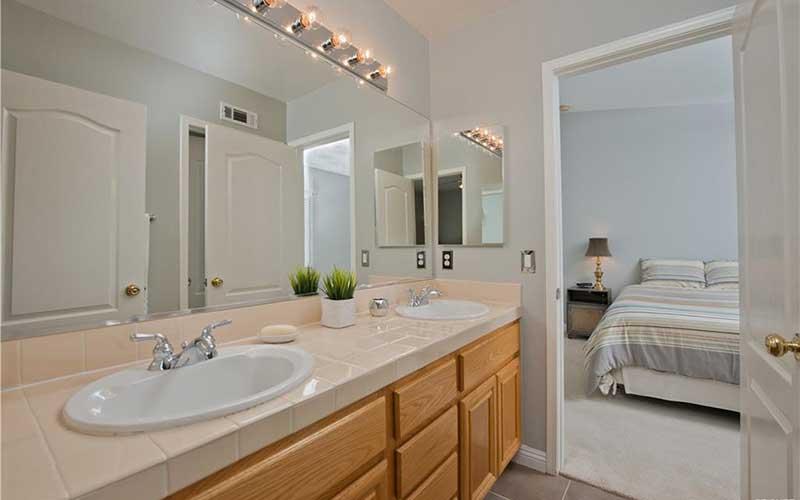 Secondary Bathroom at 23253 Sorrel Court